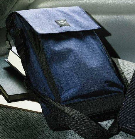 9780310975106: Rip-Stop Nylon Blue With Shoulder Strap Med
