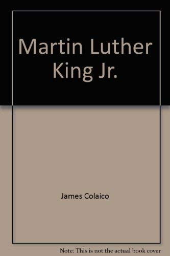 9780312023652: Martin Luther King, Jr: Apostle of militant nonviolence