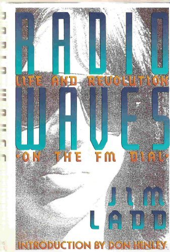 9780312059521: Radio Waves: Life and Revolution on the Fm Dial