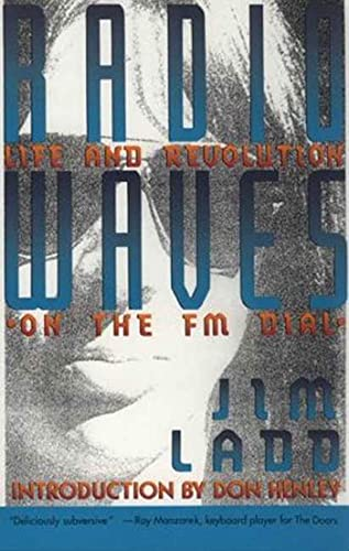 9780312077860: Radio Waves: Life and Revolution on the Fm Dial