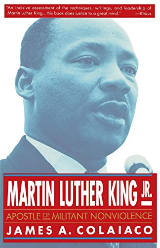 9780312088439: Martin Luther King, Jr.: Apostle of Militant Nonviolence