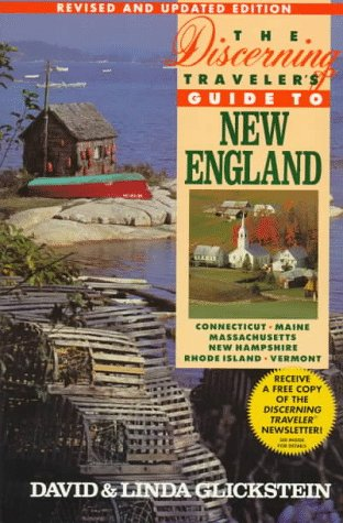 9780312151119: The Discerning Traveler's Guide to New England