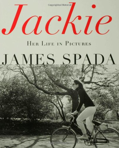 9780312253271: Jackie: Her Life in Pictures
