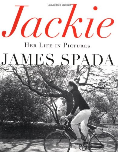 9780312280420: Jackie: Her Life in Pictures