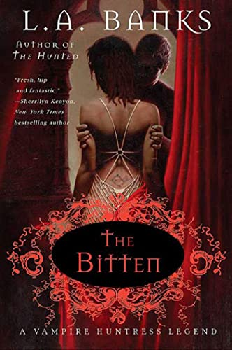 9780312324087: The Bitten (Vampire Huntress Legends)