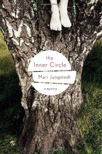 9780312363789: The Inner Circle: A Mystery