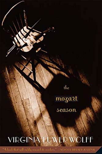 9780312367459: The Mozart Season