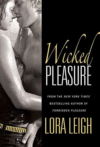 Wicked Pleasure (Bound Hearts) (0312368720) by Lora Leigh