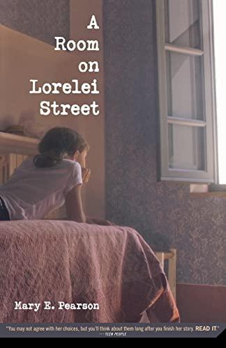 9780312380199: A Room on Lorelei Street