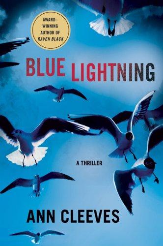 9780312384357: Blue Lightning (Shetland Island Thrillers)
