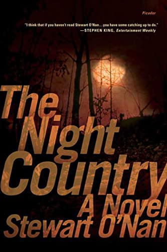 9780312424077: The Night Country: A Novel