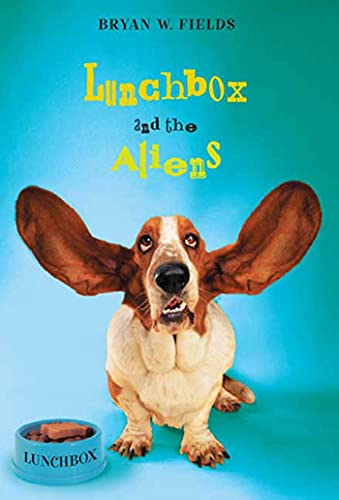 9780312561154: Lunchbox and the Aliens