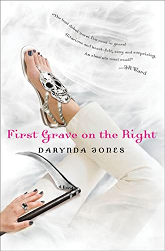 9780312577421: First Grave on the Right (Charley Davidson, Book 1)