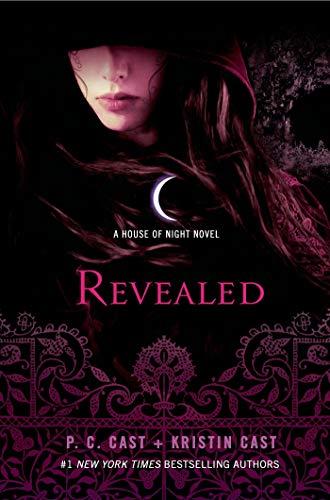 9780312594435: Revealed: A House of Night Novel