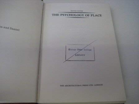9780312653224: The Psychology of Place