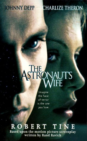 9780312970185: The Astronaut's Wife