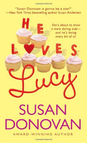9780312992330: He Loves Lucy