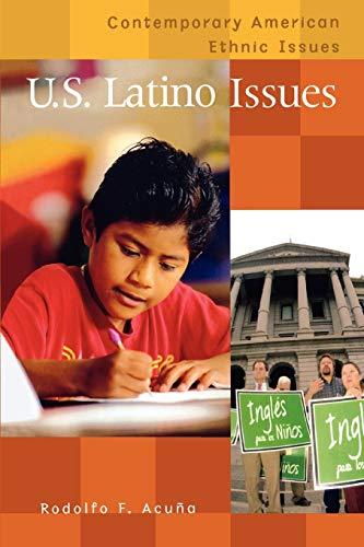 9780313361432: U.S. Latino Issues