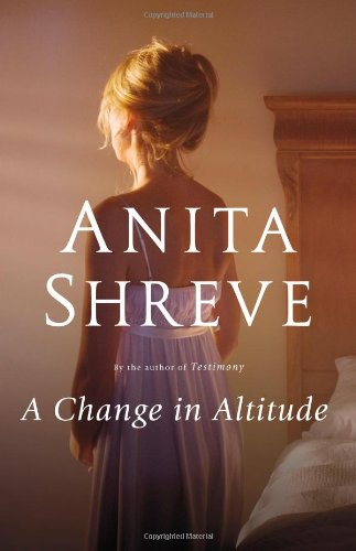 9780316020701: A Change in Altitude: A Novel