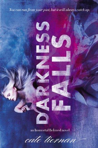 9780316035934: Darkness Falls (Immortal Beloved)