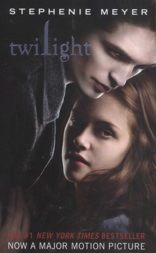 Twilight (The Twilight Saga, Book 1) [Mass Market Paperback]
