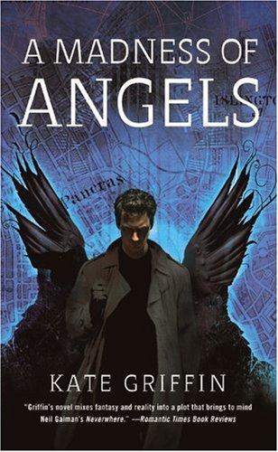 9780316068598: A Madness of Angels (Matthew Swift)