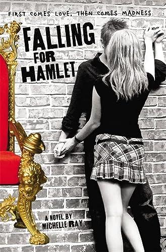 9780316101615: Falling for Hamlet