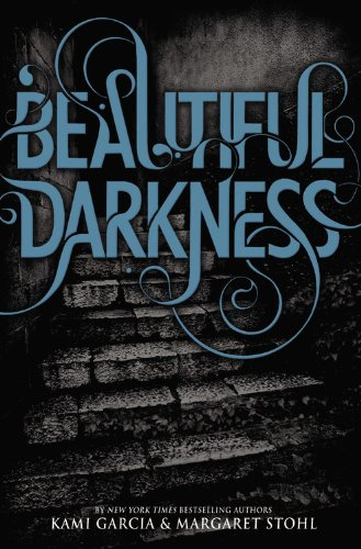 9780316126366: Beautiful Darkness
