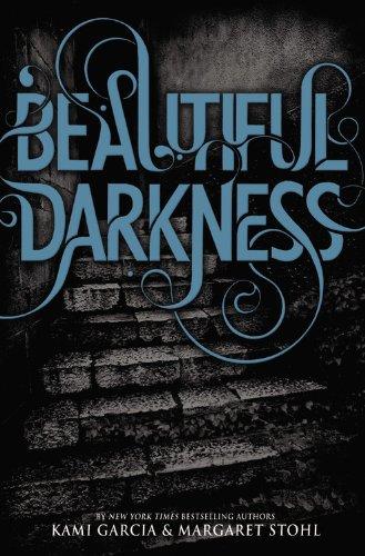 9780316126366: Beautiful Creatures 02. Beautiful Darkness