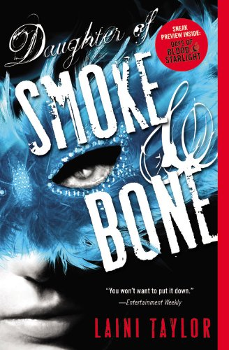 9780316133999: Daughter of Smoke & Bone (Daughter of Smoke and Bone)