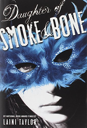 Daughter of Smoke & Bone (Daughter of Smoke and Bone): Taylor, Laini