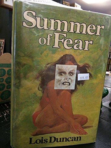 9780316195485: Summer of Fear
