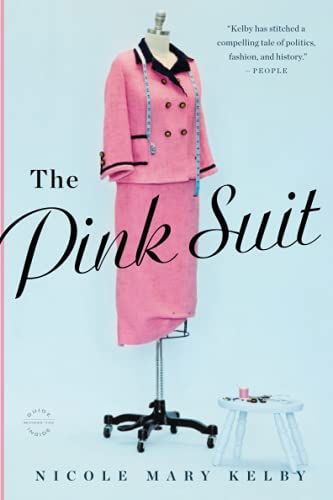 9780316235679: The Pink Suit: A Novel