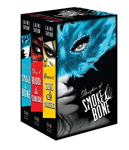 9780316286381: The Daughter of Smoke & Bone Trilogy