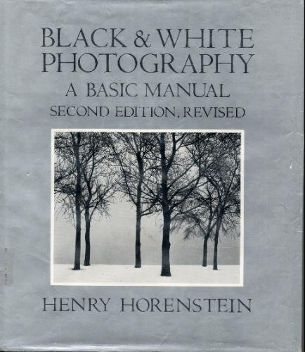 9780316373135: Black and White Photography: A Basic Manual