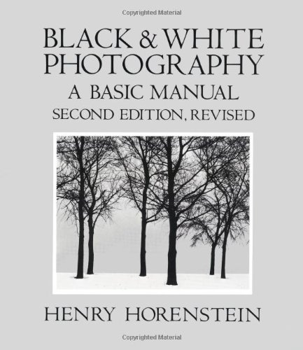 9780316373142: Black and White Photography: A Basic Manual