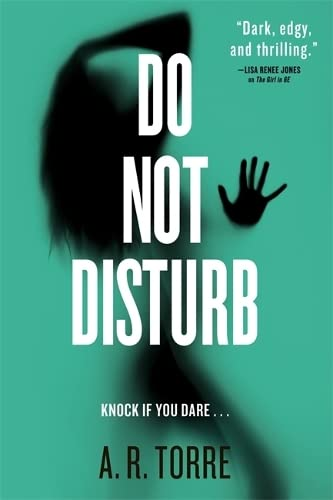 9780316386692: If You Dare (A Deanna Madden Novel)