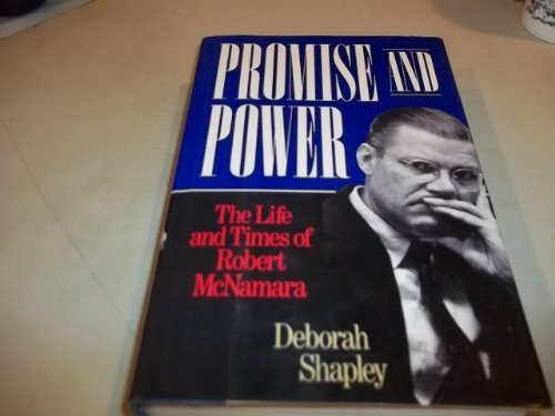9780316782807: Promise and Power: The Life and Times of Robert McNamara