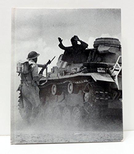 9780316847346: The War in the Desert (World War II #7}