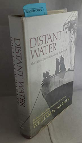 9780316923286: Distant Water
