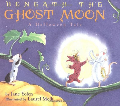 9780316970075: Beneath the Ghost Moon