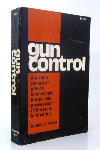 9780317352368: Gun Control