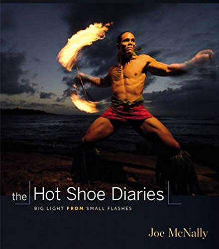 9780321580146: The Hot Shoe Diaries: Creative Applications of Small Flashes (Voices That Matter)