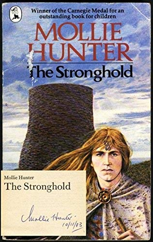 9780330252973: The Stronghold (Piccolo Books)