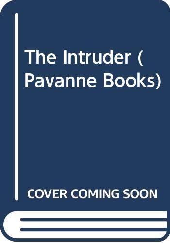 9780330269261: The Intruder