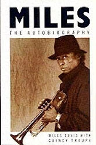 9780330313827: Miles : The Autobiography (Picador Books)