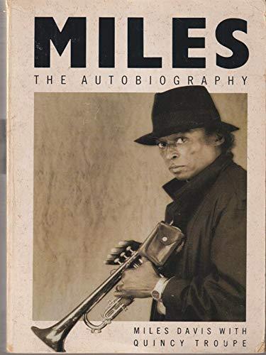 9780330318532: Davis M & Troupe Q:Miles: the Autobiography (Ome - A)