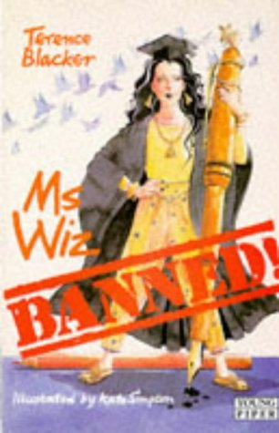 9780330319973: Ms Wiz Banned! (Young Piper)