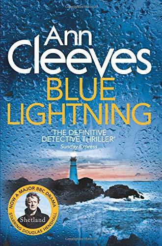 9780330448277: Blue Lightning