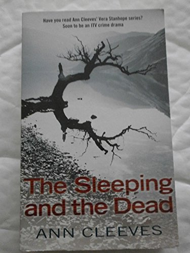 9780330455077: The Sleeping and The Dead